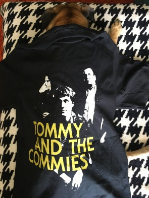 TOMMY AND THE COMMIES T-SHIRT MEN'S MEDIUM