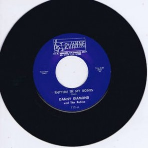 DANNY DIAMOND & The Rubies – RHYTHM IN MY BONES b/w THE BADMAN RE 7""
